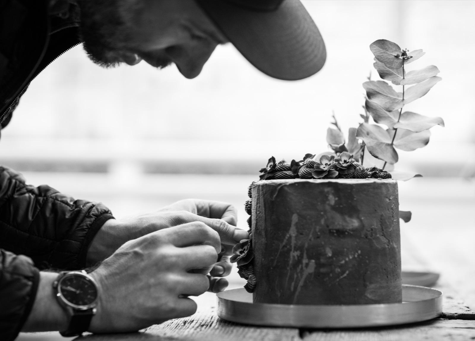 Cake-for-Aros Bostad-landscape-working-bw