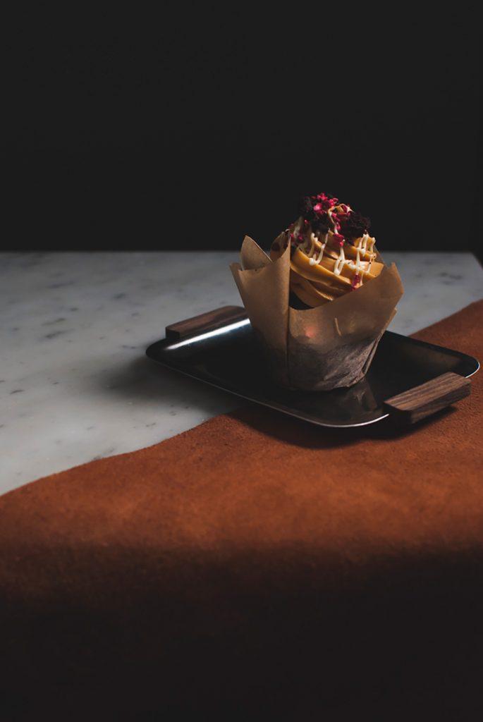 Chocolate dulce de leech cupcakes leather
