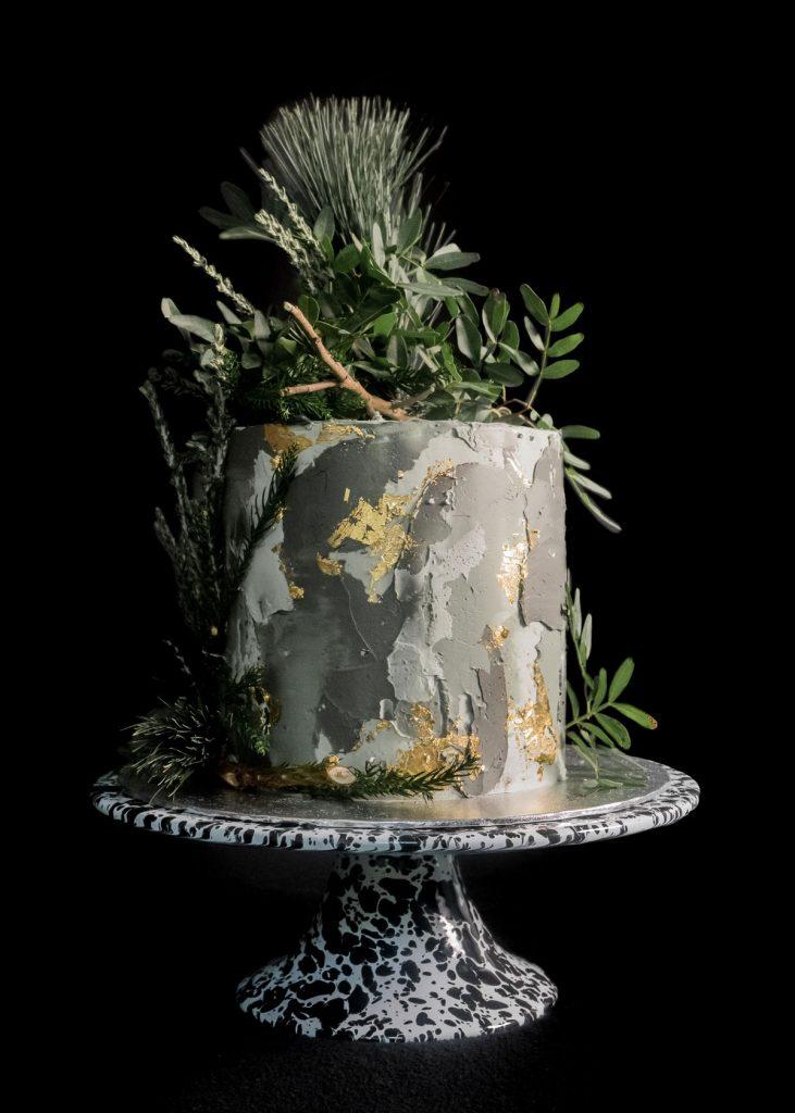 cammo cake jungle front
