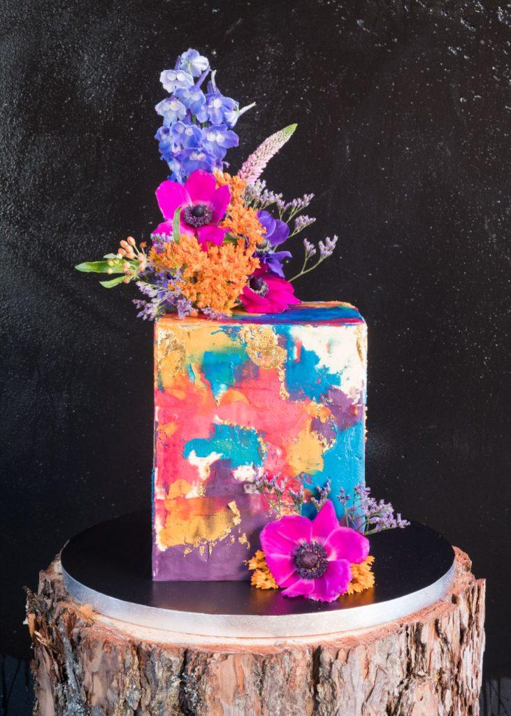 Cakemaker bright cake front